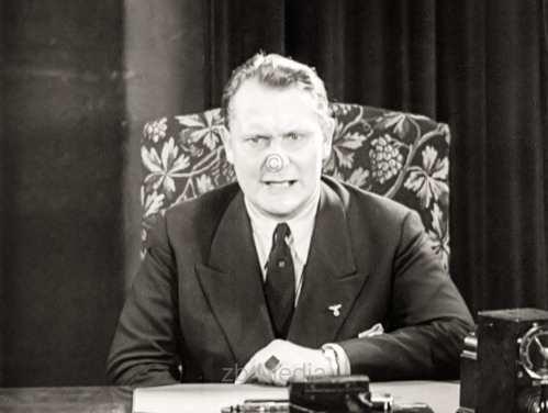Reichtagspräsident Hermann Göring bei Rundfunkrede 1933