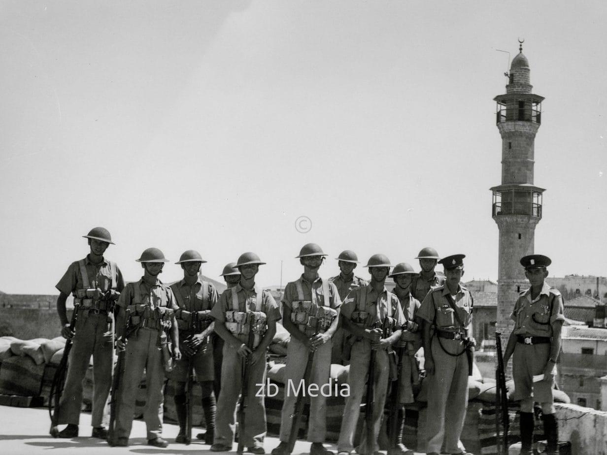 Englische Soldaten und Palästina-Polizei in Jaffa 1936
