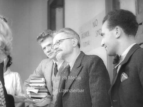 Trotsky with Jean van Heijenoort and Jan Frankel