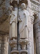 https://i2.wp.com/www.historiayarte.net/images/arte-romanico-escultura.jpg