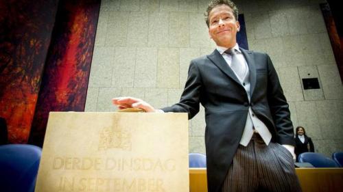 Minister Financiën koffertje Prinsjesdag