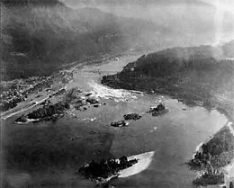 Landslide Blocks The Columbia River In About 1450 Historylink Org
