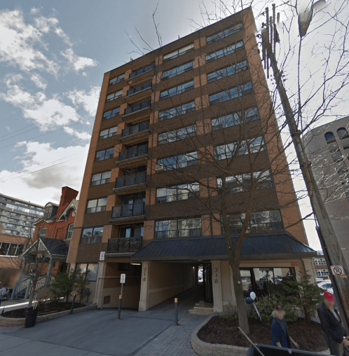 The Wakefield Apartments, located at 218 MacLaren in Centretown.
