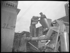 Beacon Arms, pouring cement. April 12, 1955. City of Ottawa Archives, Item CA032041.