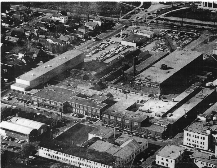 The Beach Foundry, 1979. Ottawa was never an industrial centre in the classic sense, though the story of its deindustrialization is a story that needs writing. Fortunately, a number of the pieces have been written by great local historians like Dave Allston. Image: Jonesey 101.