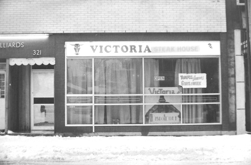 Victoria Restaurant, 321 Bank Street, July 4, 1978. Image: Ted Grant / LAC Series 79-01-1083.