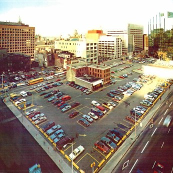 After the Canada Centre failed to materialize, Canlands B would remain a parking lot for a longer time. Image: URBSite.