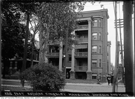 Kingsley Mansions, at King and Jameson. Image: City of Toronto Archives, Fonds 200, Series 372, Subseries 3, Item 1347.
