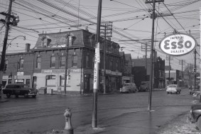 Northwest corner of Parliament and Dundas St. E, 1954. Image: James Victor Salmon / Toronto Public Library, Baldwin Collection, Item S 1-810B.
