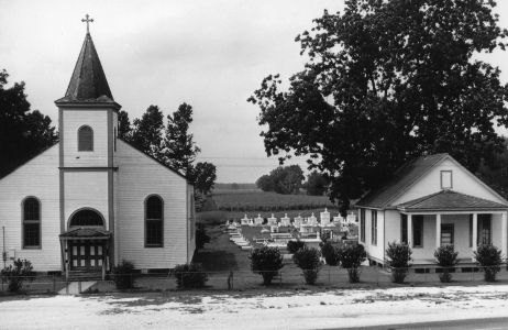 L'Englise Notre Dame du Rosaire Catholic Chapel