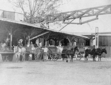 Loading Carriages