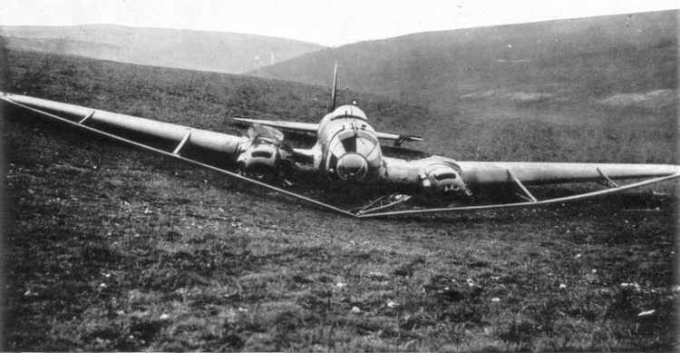 Heinkel He 111 H-8 cable cutter: front view