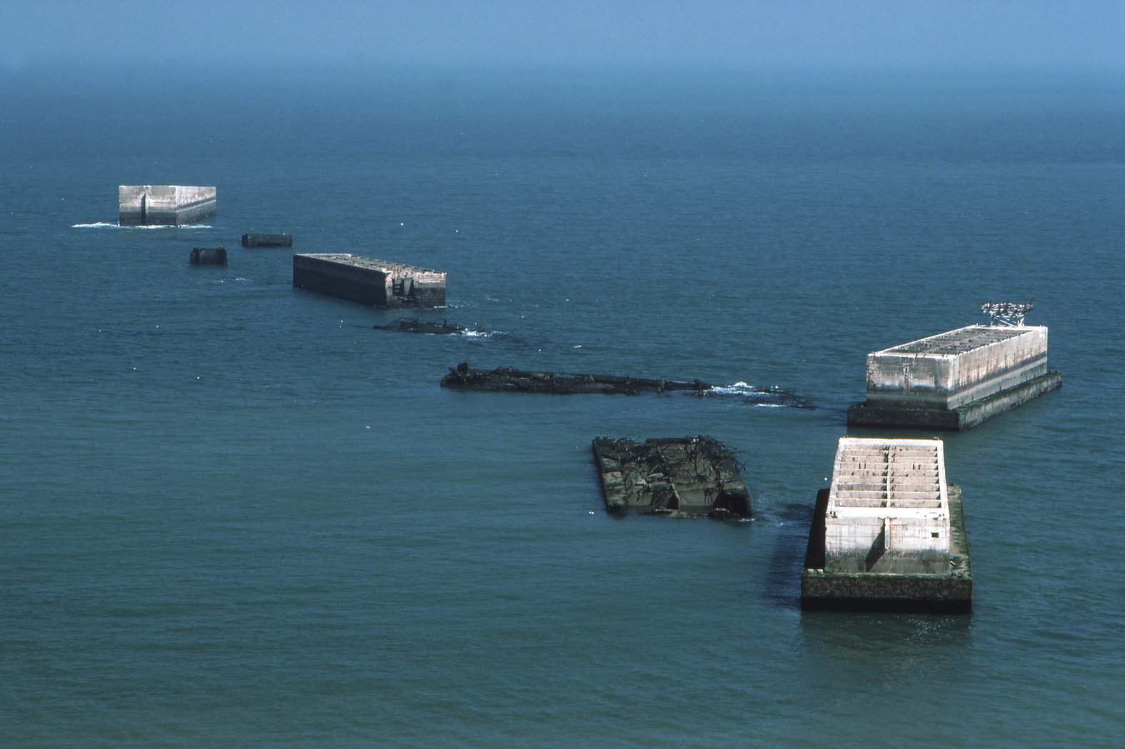 Mulberry Harbour Mobile Ports For D Day