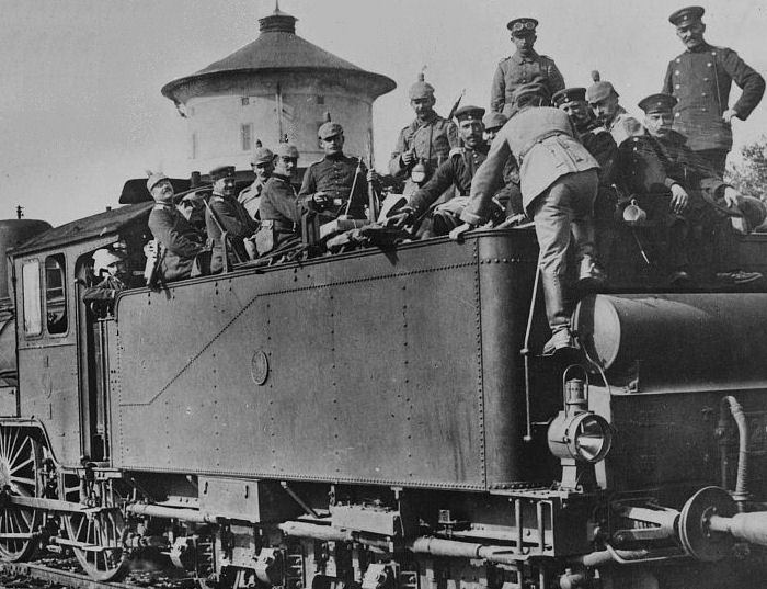 Image result for german troop trains going east ww1