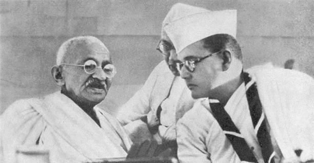 Subhas Chandra Bose and Mohandas K. Gandhi at the Indian National Congress annual meeting in Haripura in 1938