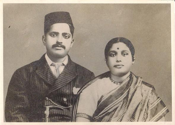 """Image and Text Contributed by Manorath Palan, Mumbai  """"My great-grand parentsMr Tavadappa Talwar and Mrs Laxmibai Talwar"""" http://www.indianmemoryproject.com/13/"""