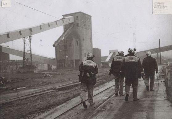 Agecroft Colliery Miners Image courtesy of Salford Local History Library (http://www.salfordcommunityleisure.co.uk/culture/locations/salford-local-history-library)