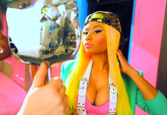 Nicki Minaj - The Boys - backstage video