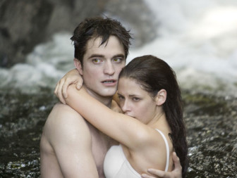 Twilight Breaking Dawn Part 2 νέες foto