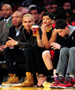 chris-brown-rihanna-lakes game 3