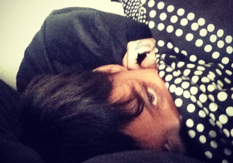 rihanna-in-bed-twitter