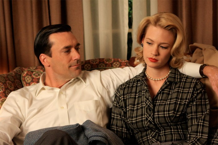 Mad Men AMC - Don Drapper (John Hamm) & Betty Draper Francis (January Jones) - Hit Channel