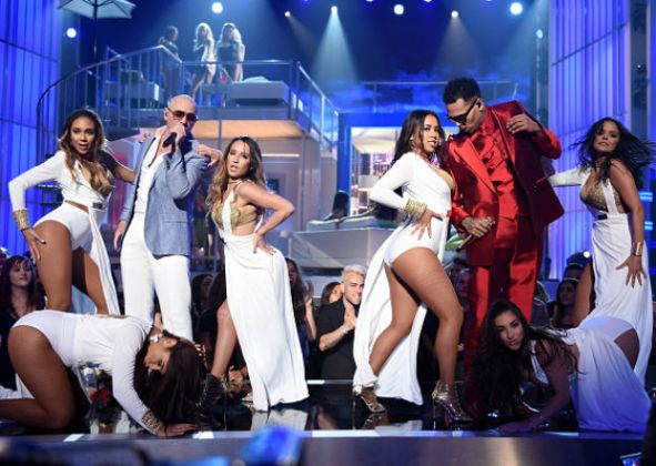 Billboard Music Awards 2015 Pitbull Chris Brown