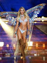 Victoria's Secret Fashion Show 2015 14