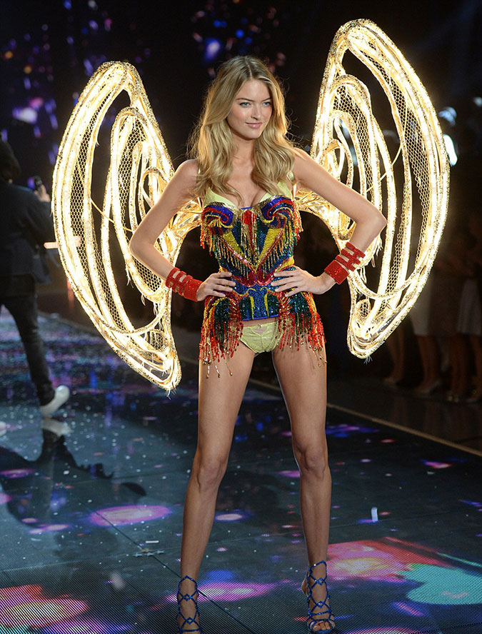 Victoria's Secret Fashion Show 2015 20