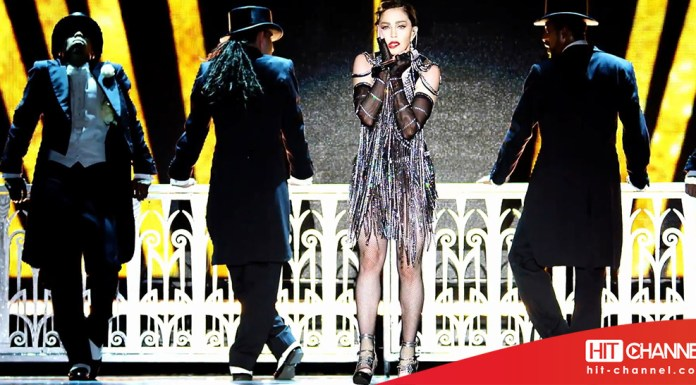 Madonna - Material Girl (live) - Rebel Heart Tour - Hit Channel