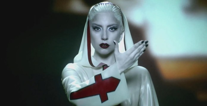 Lady Gaga - Alejandro (video clip) - Hit Channel