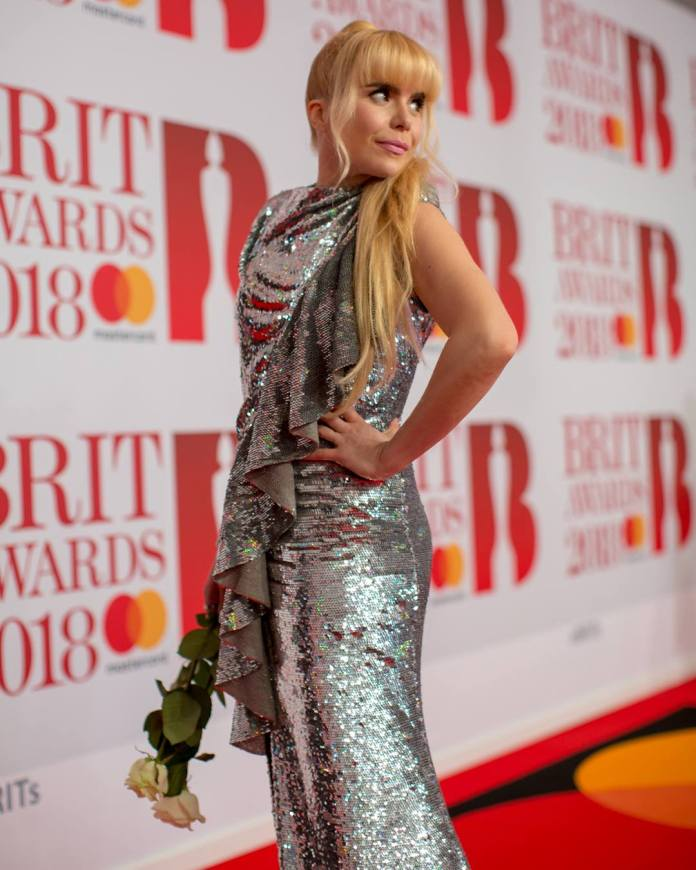 Paloma Faith - red carpet - BRIT Awards 2018 - Hit Channel