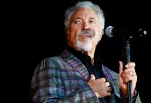 Tom Jones - Hit Channel