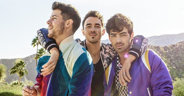 Jonas Brothers - Hit Channel