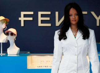 Rihanna - Fenty pop-up store Paris