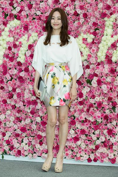 """SEOUL, CORÉE DU SUD - 05 JUIN: L'actrice sud-coréenne Kim Hyo-Jin assiste à un photocall pour le """"FRESH"""" Real 3000 Rose Flowers Festival au Lotte Department Store le 5 juin 2015 à Séoul, Corée du Sud. (Photo par Han Myung-Gu / WireImage) """"/> Photo par Han Myung-Gu / WireImage      <h3 data-recalc-dims="""