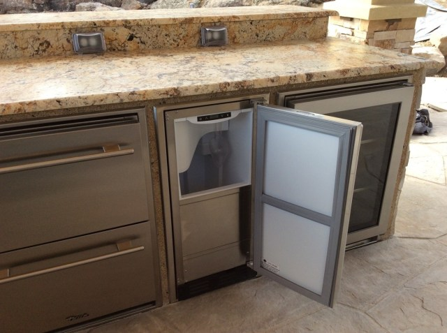 outdoor-icemaker-with-two-outdoor-refrierators-custom-trim-kits