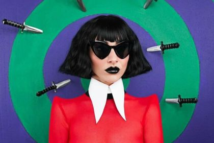 Qveen Herby – HALLOQVEEN – EP