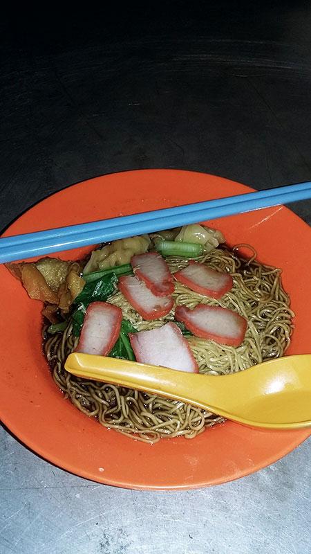 La soupe Wan Tan Mee à George Town sur l'île de Penang en Malaisie