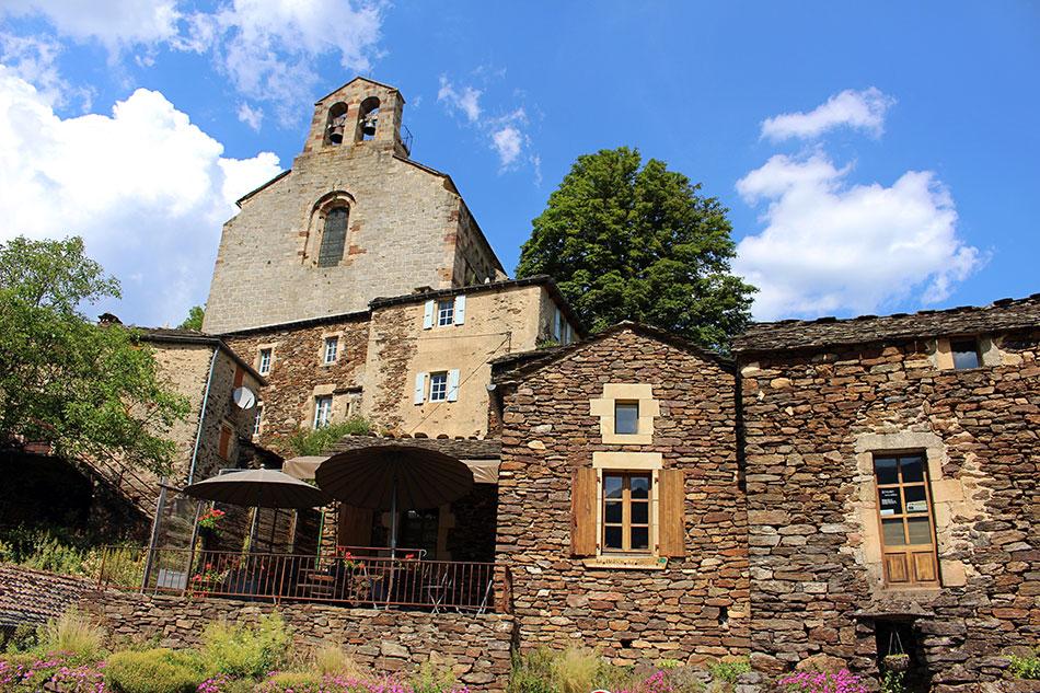 Thines fait partie des plus beaux village du Sud Ardèche.