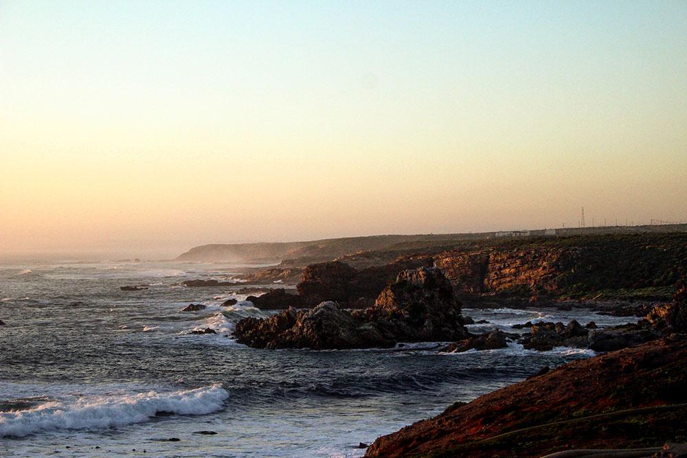Randonée sur le littoral proche de Doringbaai en Afrique du Sud