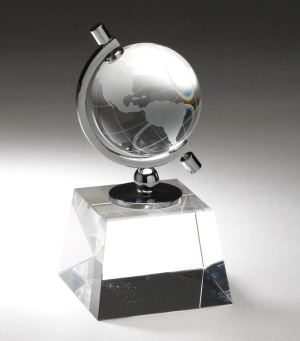 Crystal Globe Award CRY160