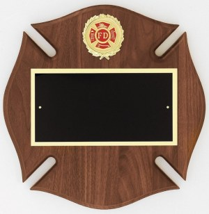 Maltese Cross Plaque AT31