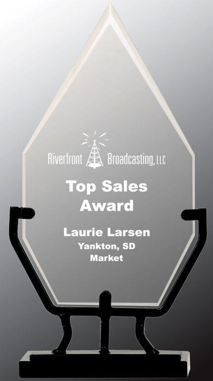 VG21 Diamond Glass Trophy