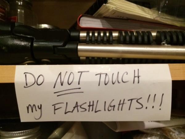 flashlight sign