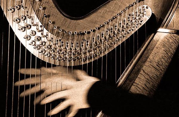 harp-hands-toned
