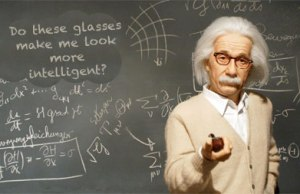einstein-wearing-glasses