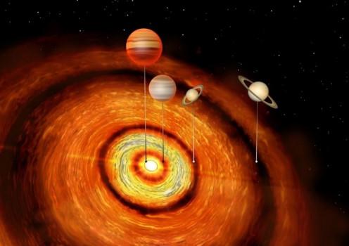 極年輕的恆星居然有四顆大行星