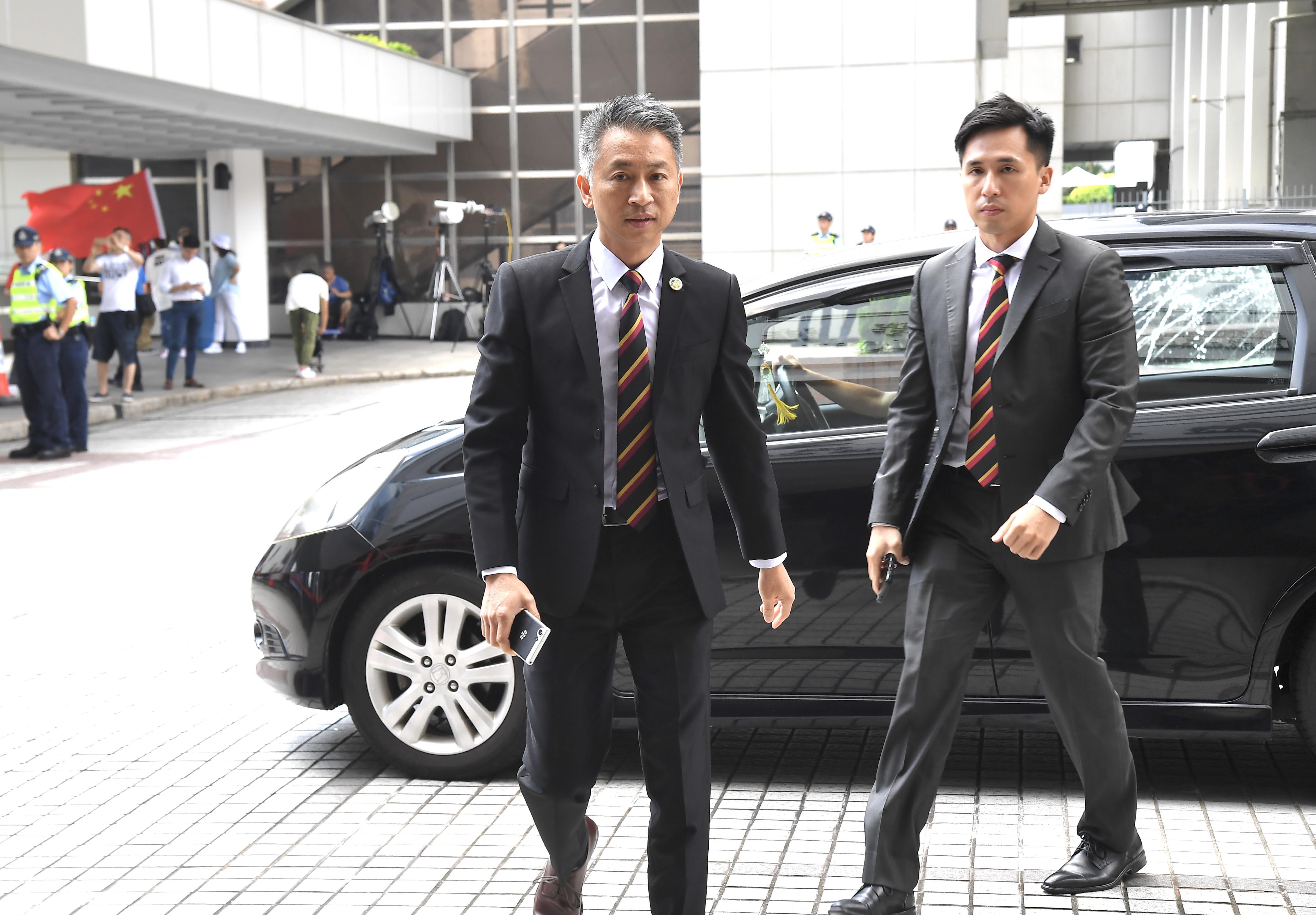 7警案2人上訴得直5獲減刑 劉興沛黃偉豪罪脫當庭獲-香港商報