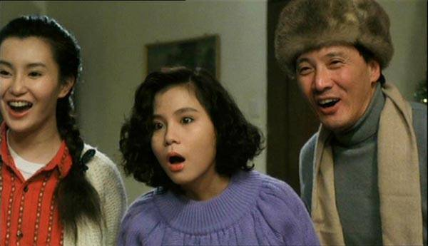 https://i2.wp.com/www.hkcinemagic.com/en/images/movie/large/DragonFromRussia-MaggieCheung_SarahLee_DeanShek_04fc23844c6aa33d82ea94df9a9b701d.jpg